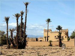 Skoura: kasbah in the palmeraie