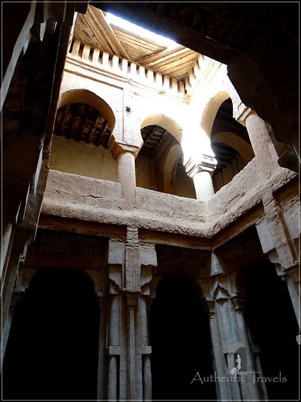 Tamnougalt: Arab, Andalucian, Berber and Jewish motifs