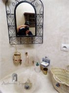 Dar Kamal Chaoui – bathroom with tadelakt polish