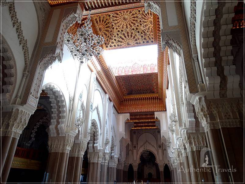 Casablanca: Hassan II Mosque - the prayer hall of the mosque has a sliding ceiling (which was just opening 'for me')