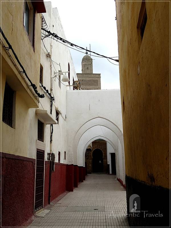 Sale: a street in the old medina