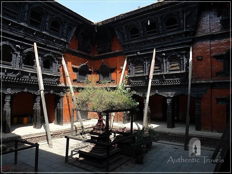 Kathmandu – Durbar Square: Kumari Ghar (the house of the Newari living goddess)