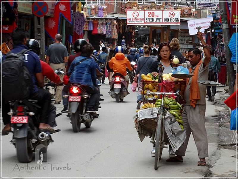 Kathmandu: fruit seller in Thamel