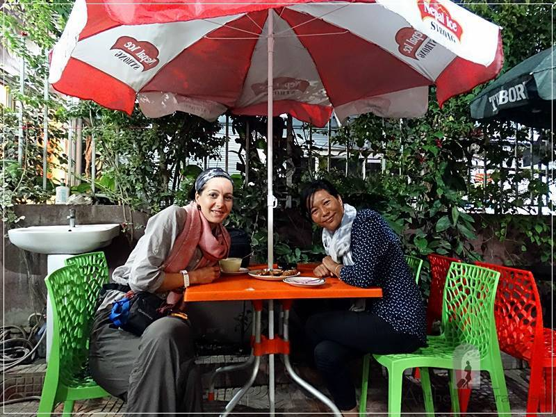 Kathmandu – Thamel: dinner with Diku at Happy Kitchen