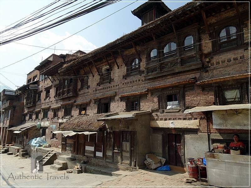 Kathmandu Valley: Kirtipur - Newari houses in the main square