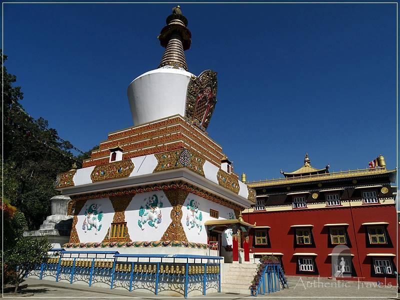 Kathmandu Valley: Pharping - Sakya Tharig Gompa and stupa