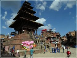 Kathmandu Valley: Bhaktapur - Taumadhi Tole - Nyatapola Temple