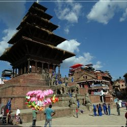 Kathmandu Valley - Bhaktapur - Taumadhi Tole - Nyatapola Temple