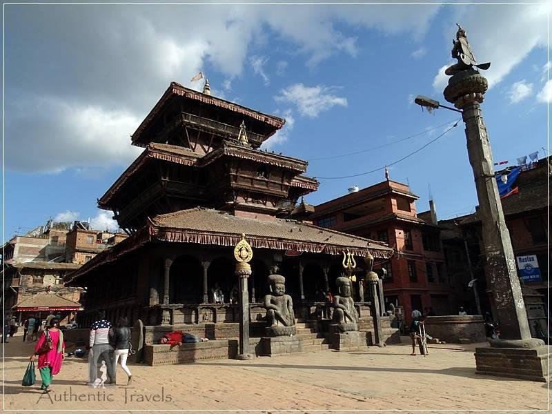 Kathmandu Valley: Bhaktapur - Tachupal Tole - Dattatreya Temple with a Garuda Statue in front of it