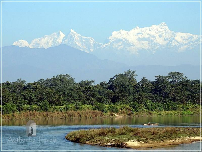 Chitwan – Sauraha: Jungle Walk – Manaslu peak in the background