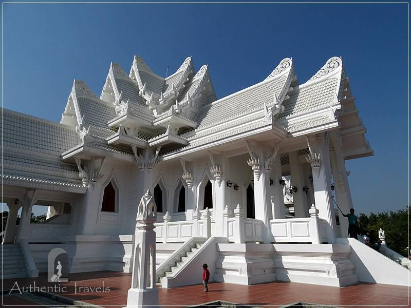 Lumbini: Royal Thai Buddhist Monastery