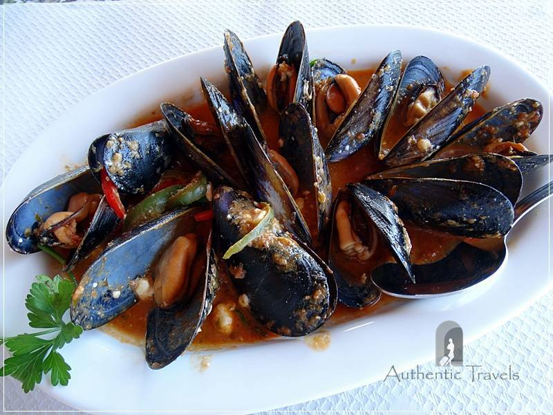 Lemnos Island: Mussels saganaki at Gomati taverna by the sea