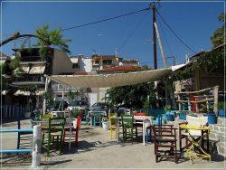Thassos Island - Skala Marion: tavernas everywhere by the beach
