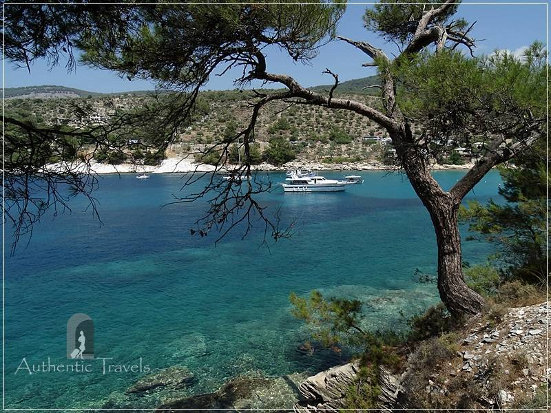 Thassos Island - Alyki bay: one of the most blue-green water ever seen