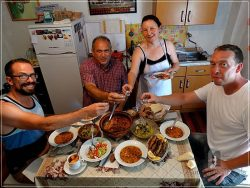 Etno House Shancheva - traditional lunch with Stevce and Valentina Donevski + Sebastien and Dave (from Canada)