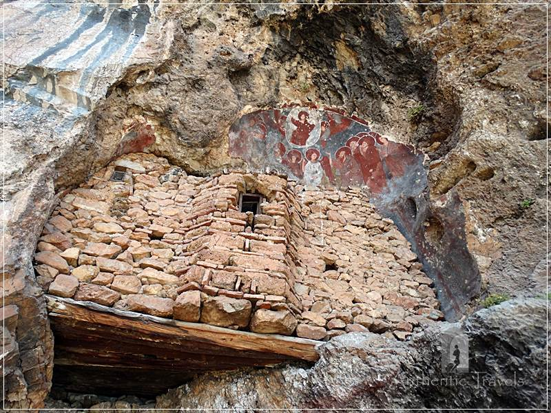 Ohrid Lake - Radozdha cave church