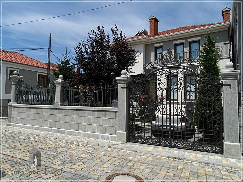 Korce - luxurious villas in the old part of the town