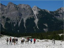 Trek Valbona Theth - on the way to Rrogam hamlet along the Valbona Valley