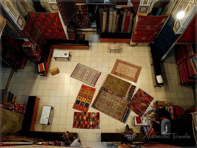 Fes old medina: Berber carpet shop