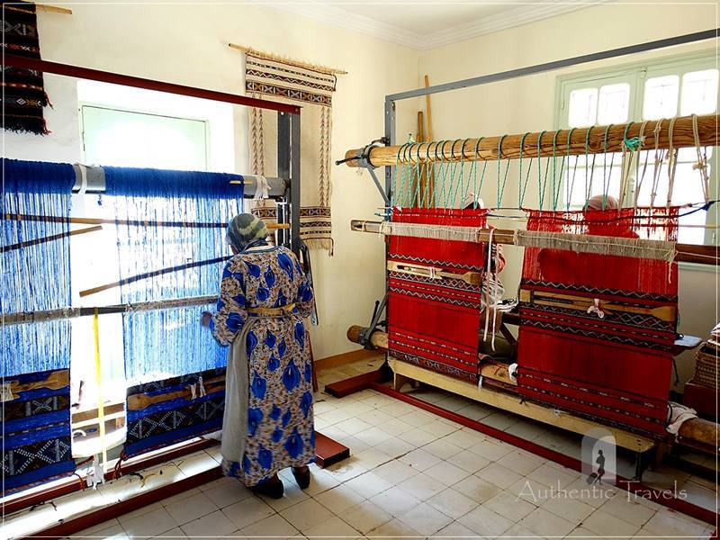Midelt - Atelier du Tissage at Kasbah de Myriem: traditional looms