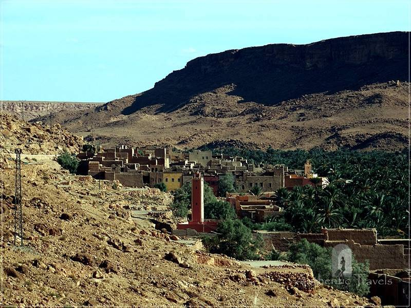 Ziz Valley: ksar near a palmeraie