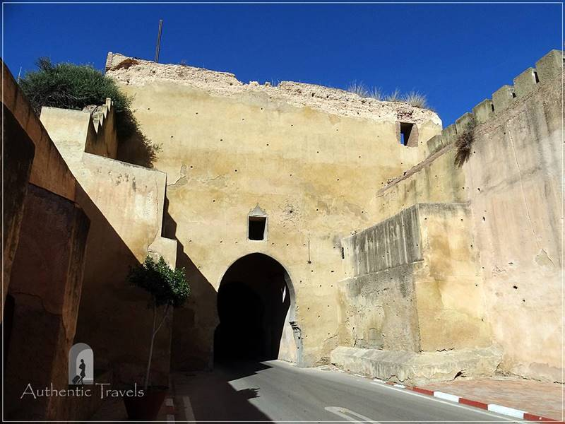 Meknes: Bab er-Rih - the entrance gate to the Imperial City